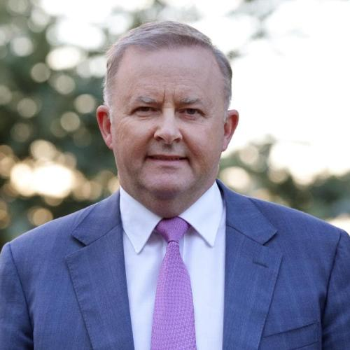 Volunteer Firefighter Heroes Should Be Compensated: Albo