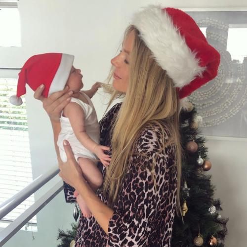 Jennifer Hawkins Shares Adorable Christmas Photos Of Her Baby Girl Frankie Violet