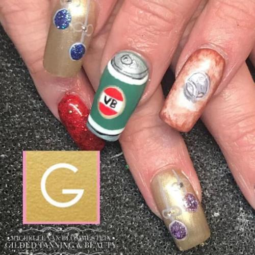 'Aussie Christmas Nails' Are The Best Trend Of 2019