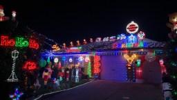 Hobday Dunlop Christmas Lights