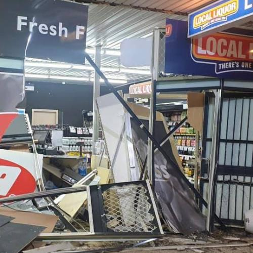 Thieves ram raid Belconnen grocery store