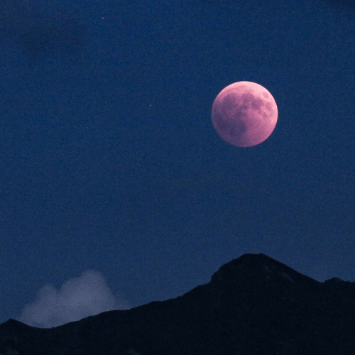 How to catch a glimpse of April's Pink Super Moon