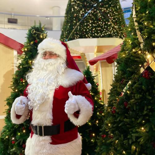 Santa set to return to Canberra shopping centres